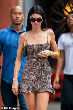 Kendall jenner style 546483736033660903 - Kendall Jenner Source by Outfits Casual, Style Outfits, Cute Outfits, Fashion Outfits, Womens Fashion, Model Outfits, Casual Jeans, Fashion Trends, Kendall Jenner Outfits
