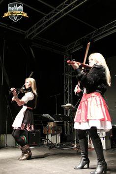 Space Violins on stage #Alpenzauber #Köln #MediaPark