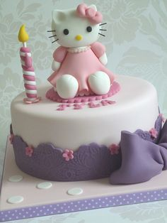 Hello Kitty birthday cake by The Designer Cake Company, via Flickr