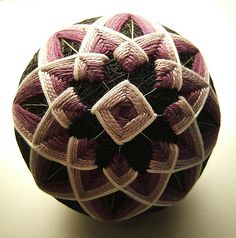 Temari Ball - how to instructions and patterns on http://www.temarikai.com/