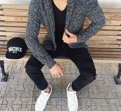 Men's Casual Men's Fashion Tips For Always Looking Great Suit Fashion, Fashion Outfits, Mens Fashion, Street Fashion, Fashion News, Simple Outfits, Casual Outfits, Stylish Men, Men Casual