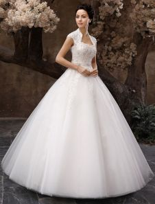 Vestido de novia de tul con ojo de cerradura