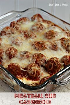Meatball Sub Casserole ~ Hearty, classic casserole perfect for those days when  you just need comfort food! via http://www.julieseatsandtreats.com #recipe #casserole