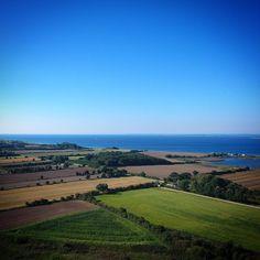 Aborg Minde i englepespektiv #visitfyn #fyn #visitdenmark #naturelovers #nofilter #natur #denmark #danmark #dänemark #landscape #nofilter #sky #assens #mitassens #vildmedfyn #fynerfin #vielskernaturen #sea #visitassens #instapic #picoftheday #sommer #september #beautiful #sea #ocean