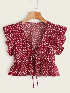 Girls Fashion Clothes, Girl Fashion, Fashion Outfits, Fashion Design, Floral Tops, Ditsy Floral, Floral Prints, Boho Tops, Cute Tops