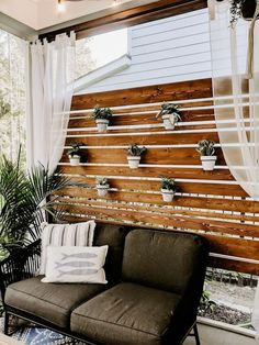 Love being outside but need a little more privacy in your life? Build this DIY privacy screen and planter wall to create your backyard oasis. Everyone wants outdoor living goals! outdoor fireplace how to build DIY Privacy Screen Patio Privacy Screen, Privacy Planter, Privacy Wall Outdoor, Privacy Fences, Planters On Fence, Diy Screen Porch, Decks With Privacy Walls, Private Patio Ideas, Privacy Ideas For Backyard