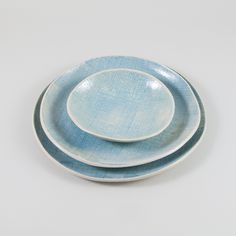 Turquoise burlap texture in stoneware. Set of platters from the oceanic collection, by OJEA STUDIO. Hand made in Galicia, Spain