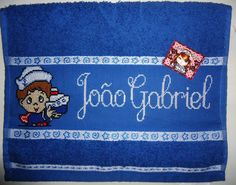 Toalhinha bordada em ponto cruz R$20,00
