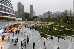 plaza of the Galaxy SoHo designed by Zaha Hadid Architects and EcoLand Design Group in Beijing Landscape Plaza, Landscape Stairs, Urban Landscape, Villa Architecture, Landscape Architecture Design, Architecture Graphics, Architectes Zaha Hadid, Zaha Hadid Architects, Design D'espace Public