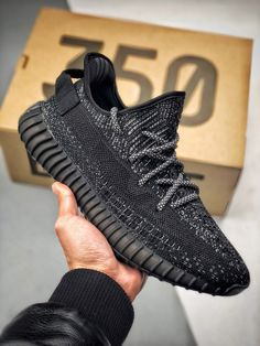 "d5396a6347d61 ADIDAS Yeezy 350 Boost V2 ""Static Refective"" 毒液(Venom)"