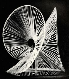 naum-gabo-sphere-construction-of-a-fountain-1937