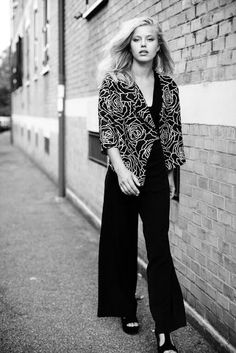 In her aggressive shoes: Elegant Streetstyle thank's federico barbieri phot...