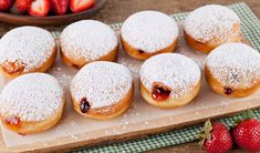 Jelly Donuts - In the Kitchen with Stefano Faita Rhubarb Bbq Sauce, Bacon Mashed Potatoes, Vanilla Sheet Cakes, Breakfast Burger, Breakfast Meals, Grilled Sardines, Veggie Cups, Boston Baked Beans, Kitchens