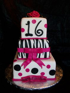 Pink and Black sweet sixteen switch the 16 out for a 21 and my life would be perfect :)