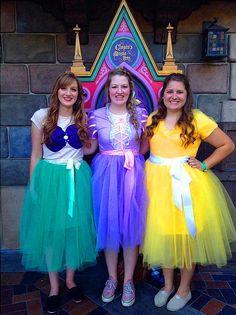 http://fi.lady-vishenka.com/halloween-disney-princesses/  8. Disney-prinsessa-asut Halloweeniksi  (19 IDEOITA)