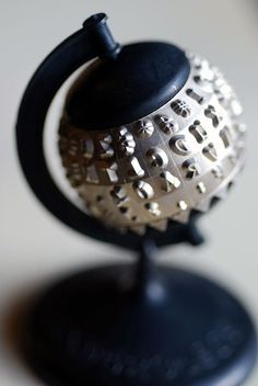 Typewriter ball. Now a Globe. Fab idea.