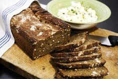 Riddarns pumpernickel av Johan Sörberg Croissants, Scones, Baking Recipes, French Toast, Recipies, Rolls, Bread, Breakfast, Desserts