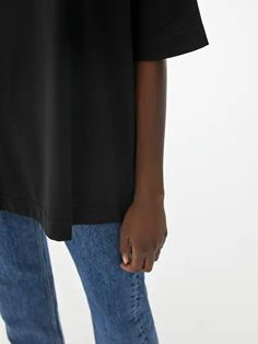 Oversized T-Shirt - Black - Tops - ARKET SE White Tops, Black Tops, H&m Group, Everyday Look, Dress Up, Crew Neck, Skirts, T Shirt, Women