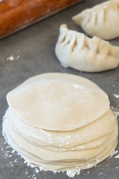 Homemade Dumpling Dough Easy to make homemade dumpling dough recipe. Better than store bought ones. This simple recipe only uses 3 basic ingredients. The post Homemade Dumpling Dough appeared first on Rezepte. How To Make Dumplings, Homemade Dumplings, Dumpling Recipe, Making Dumplings, Pork Fried Dumplings Recipe, Vegetarian Dumplings Recipe, Mandu Recipe, Gluten Free Dumplings, Pierogi Recipe