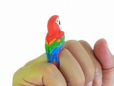 RELAX animal CLiNG Parrot ring, you can buy direct from Japan