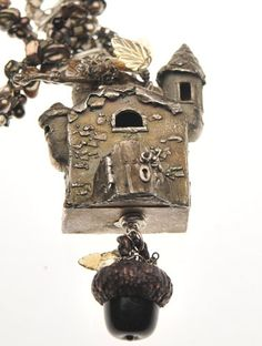 The Fairy Manor by Christi Anderson - PMC+ house with opening door. Large glass acorn pendant by Julie Nordine Metal Clay Jewelry, Jewelry Art, Beaded Jewelry, Little Acorns, Copper Art, Precious Metal Clay, Polymer Clay Art, Artisanal, Artisan Jewelry