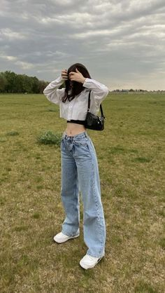 Indie Outfits, Korean Outfits, Retro Outfits, Cute Casual Outfits, Korean Winter Outfits, Casual Skirts, Casual Jeans, Grunge Outfits, Korean Girl Fashion