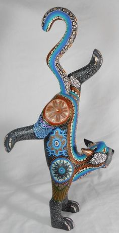 México - Solmar Imports - Mata Ortiz, Juan Quezada, Casas Grandes Pottery and Oaxacan Wood Carvings - Alebrijes, Oaxacan Animals. China Painting, Painting On Wood, Mexican Designs, Colorful Animals, Arte Popular, Indigenous Art, Mexican Folk Art, Animal Sculptures, Native Art