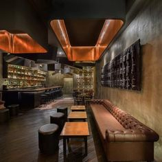 Have you ever been to a speak easy bar? Check out this beautiful hidden gem. #speakeasy #bar #drinking #dinning