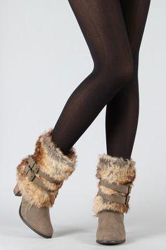 I'm usually not a fur boot fan...