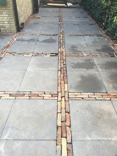 Garden Tiles, Garden Paving, Terrace Garden, Garden Paths, Small Garden Design, Patio Design, Aluminum Patio Covers, Stone Path, Pavement