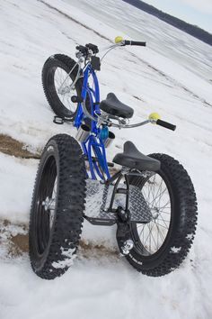 Team Fat Tire Bike designs and builds custom electric fat tire bikes. Tricycle Bike, Trike Bicycle, Lowrider Bicycle, Cruiser Bicycle, Motorized Bicycle, Fat Bike, Velo Beach Cruiser, Beach Cruisers, Velo Cargo