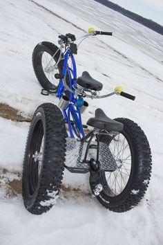 Team Fat Tire Bike designs and builds custom electric fat tire bikes. Tricycle Bike, Trike Bicycle, Cruiser Bicycle, Fat Bike, Kids Ride On, Kids Bike, Velo Beach Cruiser, Velo Cargo, Lowrider Bicycle