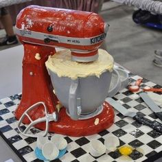 Kitchen Aid Cake! Omg I Want This Cake!