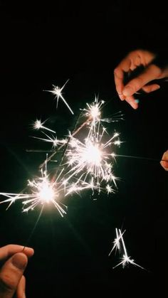 Cool Instagram Pictures, Creative Instagram Stories, Instagram Story Ideas, Night Aesthetic, Aesthetic Movies, Aesthetic Videos, Diwali Photography, Fireworks Photography, Sparklers Fireworks