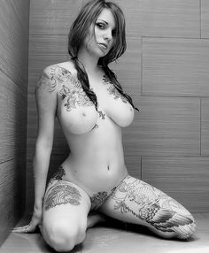Image from http://www.stockholmink.com/blog/wp-content/uploads/2013/08/tattoo-girl-118.jpg.