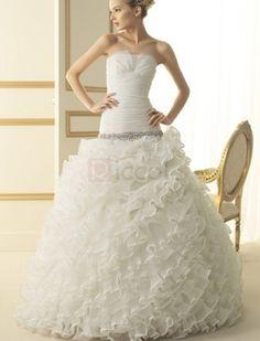 Ruched Strapless Chapel Train Organza Wedding Dress1 / 2