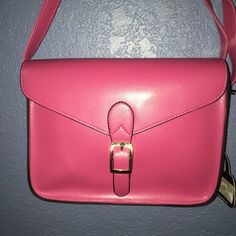 "❤️$13❤️ Bright Pink Vegan Saddlebag Purse NWT Nice Saddlebag by ""veevanbags""! A vegan leather. Inside bag, no fabric lining or pockets. Bag will soften with wear. Pretty bag. Nice outside pocket on back. Veevanbags Bags Crossbody Bags"