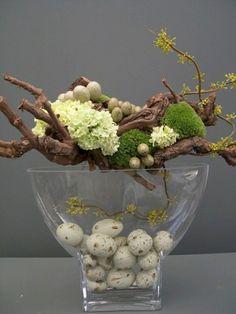 100+ Brilliant Diy Spring & Easter Decoration Ideashttps://carrebianhome.com/100-brilliant-diy-spring-easter-decoration-ideas/