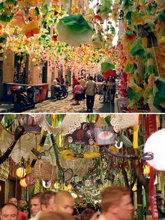 Vila de Gracia in Barcelona, Spain - http://www.barcelona-travel-guide.info/vila-de-gracia.html#gallery[pageGallery]/0/
