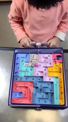Cardboard Crafts Kids, Cool Paper Crafts, Creative Crafts, Fun Crafts, Cardboard Toys, Diy Crafts For Girls, Diy Crafts Hacks, Diy For Kids, Diy Projects