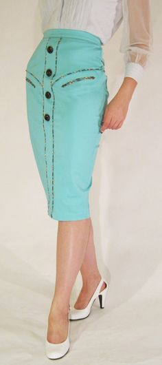 western style wiggle skirt - reminds me of Patsy Cline