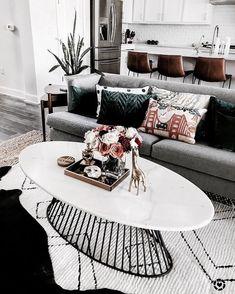 Best Scandinavian Home Design Ideas. 53 Modest Decor Ideas To Keep Now – Cosy Interior. Best Scandinavian Home Design Ideas. Interior Simple, Interior Design, Cosy Interior, Interior Livingroom, Kitchen Interior, Living Room Inspiration, Home Decor Inspiration, Design Inspiration, Design Ideas