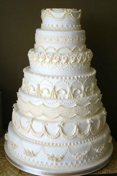 Availability of cake designers might be restricted at the bakery of your option. An early chat with the cake baker to talk over the style and flavour is a sensible move and should be done at least 6 m Luxury Wedding Cake, White Wedding Cakes, Elegant Wedding Cakes, Elegant Cakes, Wedding Cake Designs, Wedding Cupcakes, Wedding Cake Toppers, Cream Wedding, Victorian Wedding Cakes
