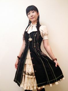 daily steampunk lolita  today's my coordinate    dress - Ozz On Japan  under skirt - bodyline  over skirt - Ozz On Japan  blouse - no brand    We hold Steampunk Fashion Salon in Tokyo on September 15. Come and join us!