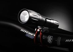 Gemini Xera LED Flashlight, una unidad sencilla y simple con un costo considerable para uso urbano