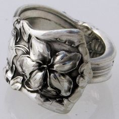 Love these spoon rings.