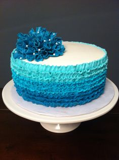 Teal ombre buttercream ruffle cake with flower ruffle bunch Pretty Cakes, Beautiful Cakes, Amazing Cakes, Cupcakes, Cupcake Cakes, Smash Cakes, Buttercream Ruffle Cake, Farm Cake, Teal Ombre