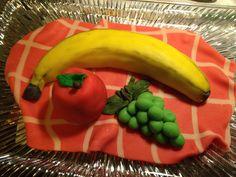 Fruits banana marzipan cake Marzipan Cake, Fondant, Cake Decorating, Banana, Sweets, Stuffed Peppers, Cakes, Fruit, Vegetables