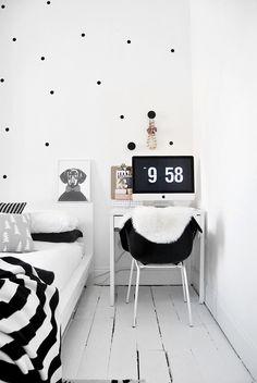 Black & white bedroom - Model Home Interior Design Polka Dot Walls, Polka Dots, Home Desk, White Houses, White Bedroom, My New Room, Interiores Design, Room Inspiration, Bedroom Decor