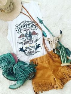 Bestdealfriday White Crew Neck Sleeveless Shirts Tops 9106484, White-L Cowgirl Outfits, Edgy Outfits, Western Outfits, Western Wear, Cowgirl Clothing, Cowgirl Fashion, Boho Clothing, Fashion Edgy, Fashion Ideas